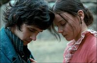 Ben Whishaw and Abbie Cornish as John Keats and Fanny Brawne