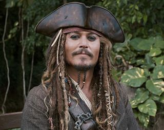 Captain-Jack-Sparrow-pirates-of-the-caribbean-4-14330371-1000-791