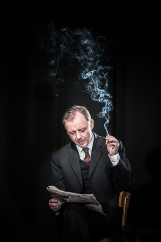 John Simm in The Homecoming. Photography by Marc Brenner (2).jpg