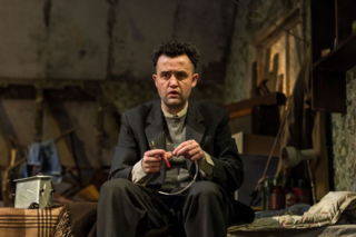 Daniel Mays (Aston) in The Caretaker at The Old Vic. Photo by Manuel Harlan. (3)