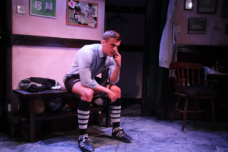 Matthew Mars in Odd Shaped Balls (c) Luke W. Robson (8)