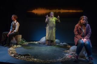Brett Brown  Jessica Carroll & Eva Traynor (l-r) in Fishskin Trousers at Park Theatre. Photo by David Gill 5068