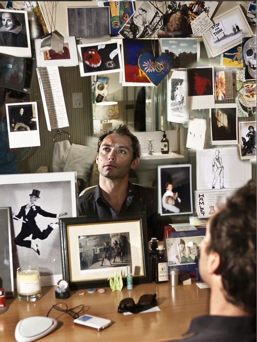 JUDE LAW (Simon Annand) Colour LR