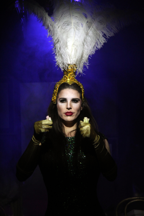 1_Nathan Kiley in Lipstick A Fairy Tale of Iran_Flavia Fraser-Cannon