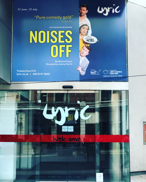 Noises off lyric hammersmith